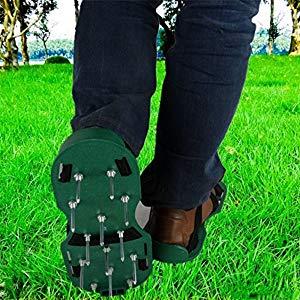meilleure chaussure aérateur à pelouse