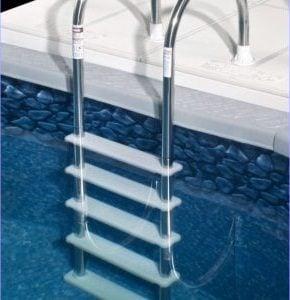 meilleure échelle de piscine hors sol